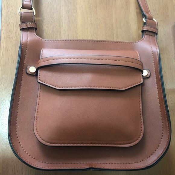 Steve Madden Handbags - Steve Madden Saddle Crossbody faux leather bag